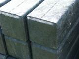 Paal vierkant met punt versterkt   8.0 x 8.0 x 250 cm
